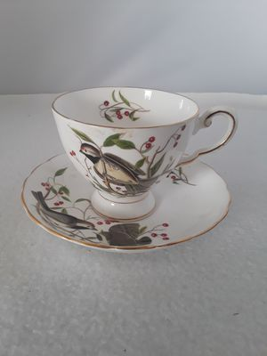 "ANTIQUE TUSCAN ENGLAND ""CHICKADEE"" FINE BONE CHINA TEACUP & SAUCER for Sale in Pompano Beach, FL"