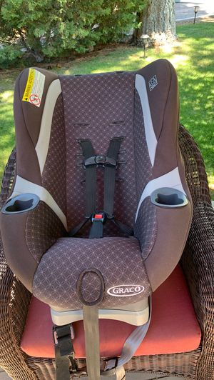 Gracie car seat for Sale in Big Bear, CA