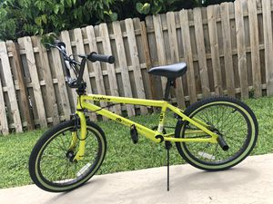 Dk bicycle - DMX for Sale in Margate, FL