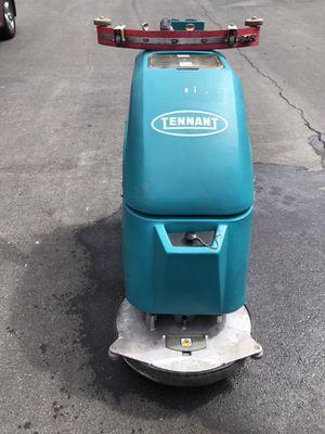 "20"". Floor. Scrubber. TENNANT for Sale in Las Vegas, NV"