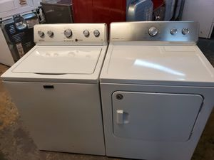 Maytag top loads washer and dryer electric for Sale in Katy, TX