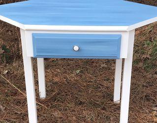 Corner Desk • Refinished/Upcycled• for Sale in Hammonton,  NJ