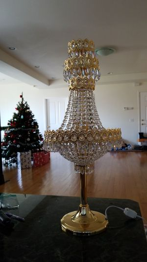 Chandelier table lamp for Sale in US