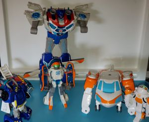 6 transformer toys for Sale in Fresno, CA