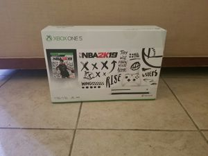 Xbox one S Slim with 1tb BRAND NEW NEVER OPENED WITH 1 YEAR WARRANTY for Sale in Phoenix, AZ