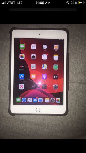 iPad mini 5th gen with case for Sale in Richmond, VA