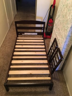 Toddler bed with mattress for Sale in Chula Vista, CA
