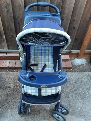 Graco Stroller , clean and a large storage basket for Sale in San Jose, CA