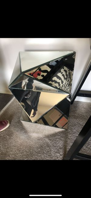 Mirrored Faceted End Table for Sale in McDonogh, MD