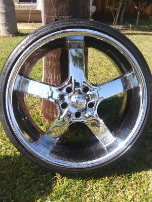 "22"" U2 rims for Sale in Reedley, CA"