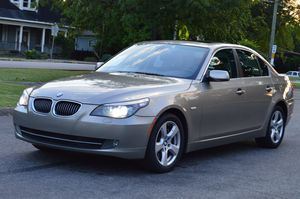 BMW 535XI 2008 (CLEAN TITLE. CLEAN CARFAX) for Sale in Nashville, TN