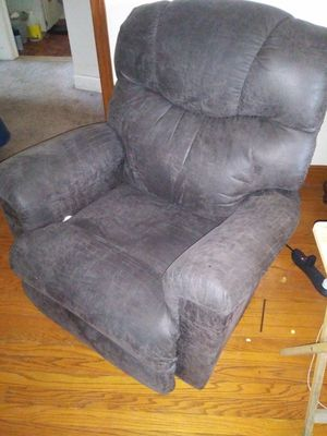 Recliner chair heated massager for Sale in Detroit, MI