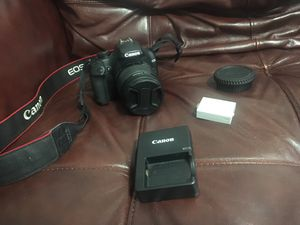 Canon EOS Rebel XS for Sale in Chicago, IL