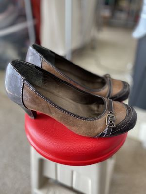 Dress shoes (size 8.5) for Sale in Virginia Beach, VA