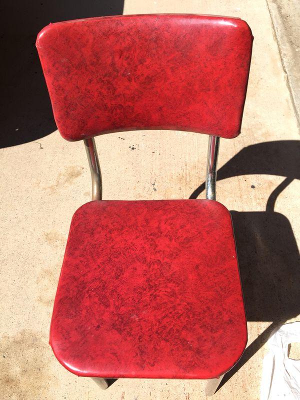 4 vintage/retro 50s diner chairs. All original