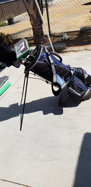 Right hand golf clubs for Sale in Moreno Valley, CA