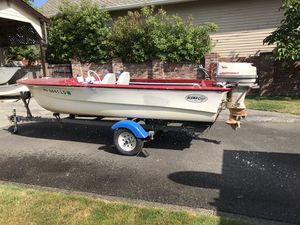 15' AlumaCraft boat, 40hp Johnson and trailer-willing to sell the motor and/or boat separately. Open to trades. for Sale in Tacoma, WA