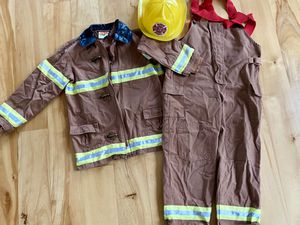 Kid's fireman Halloween costume for Sale in Hubbard, OR