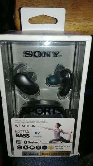SONY EXTRA BASS WIRELESS NOICE CANCELING HEADPHONES for Sale in Murray, UT