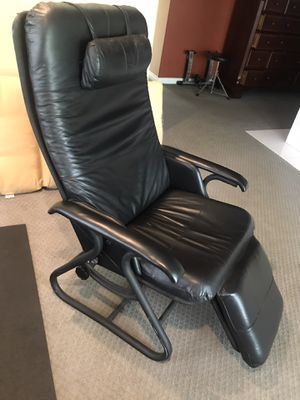 Zero Gravity Recliner Relax The Back Recliner for back pain relief for Sale in Upland, CA