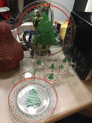 Glass Christmas set: 4cups, 4 plates, 1 tray for Sale in Abilene, TX