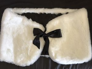 Charming Charlie Faux Fur Wrap for Sale in San Francisco, CA