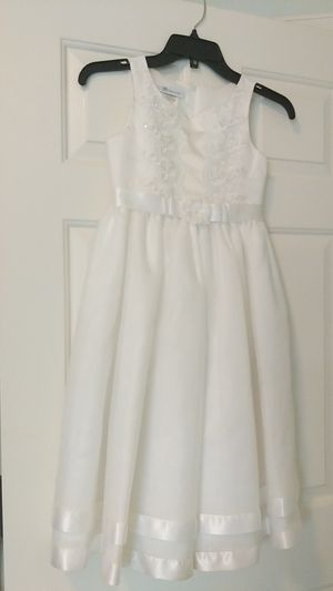 Girls formal dress size 7 for Sale in Durham, NC