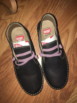 Brand new never been worn onfoot boots made in Spain for Sale in Portland, OR