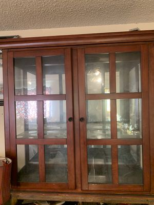 Top hutch for Sale in Lindsay, CA