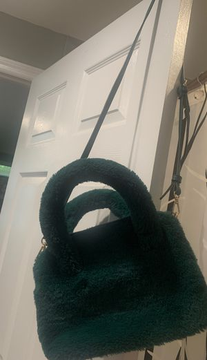 Green fluffy purse for Sale in New Port Richey, FL