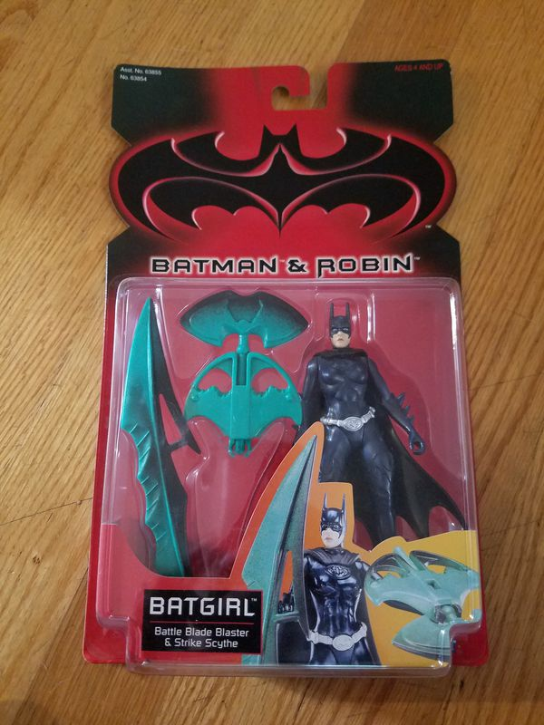 BATMAN & ROBIN:BATGIRL BATTLE BLADE BLASTER ACTION FIGURE