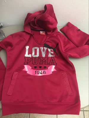 Girls puma sweatshirt size 10/12 never worn no tags for Sale in Miami, FL