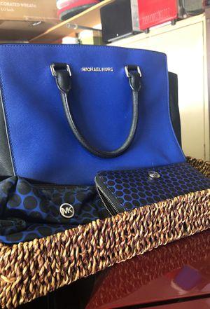Michael Kors handbag for Sale in Palm Springs, CA