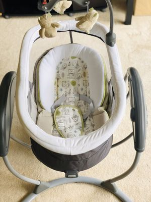 Graco DreamGlider baby Swing (Percy variant) for Sale in North Bethesda, MD