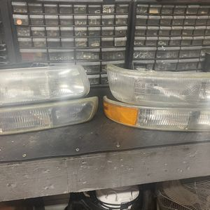 Head Lamps And Marker Lights For 2001 GMC Or Chevy Truck for Sale in Ottawa, IL
