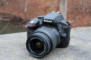 Nikon D3300 for Sale in Harrisburg, PA