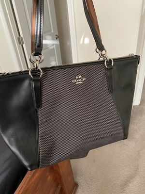 Coach Purse for Sale in Forest Heights, MD