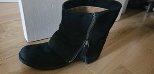 Nine West Suede Leather Boots 7.5 for Sale in Los Angeles, CA