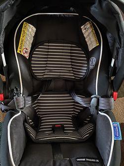 Graco® SnugRide® SnugLock™ 35 XT Infant Car Seat in Stu for Sale in Madera,  CA
