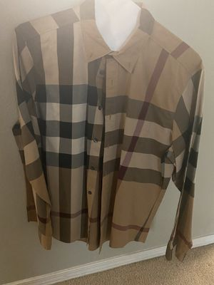 Size XL Burberry shirt for Sale in Bothell, WA