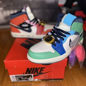 AJ1 Mid Fearless 5Y for Sale in Suffield, CT