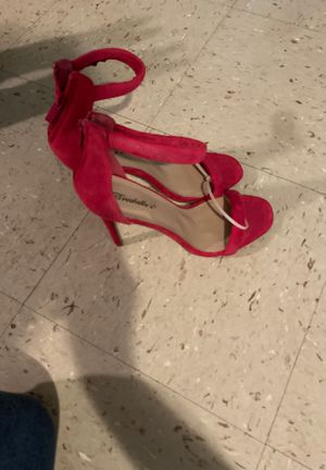 Red designer Heels size 8 for Sale in Chicago, IL