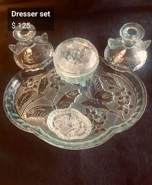 Antique crystal dresser set for Sale in FAIR OAKS, TX