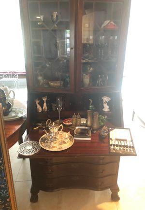 Beautiful secretary desk for Sale in Wilton Manors, FL