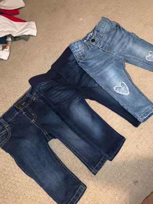 12 piece - bottoms size 12-18 months for Sale in Port St. Lucie, FL