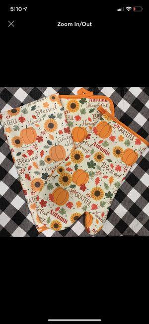 Farmhouse fall pumpkin towel set for Sale in Covington, LA