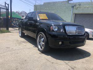 2008 Lincoln Mark LT Cuatro puertas título limpio interior de piel quemacocos limpiecita rines 22 pulgadas un solo dueño corre como nueva luce como n for Sale in Los Angeles, CA