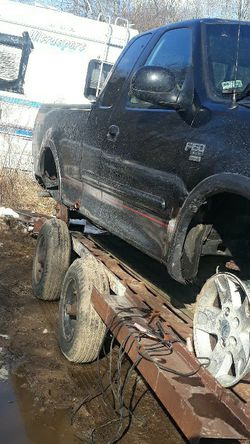 03 F150 5.4 Part Out for Sale in North Stonington,  CT