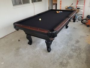 8ft 3 piece slate Pooltable for Sale in Los Angeles, CA