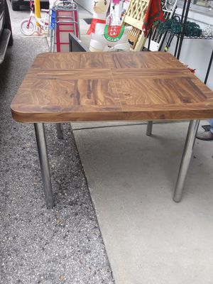 Kitchen table with leaf for Sale in Pinellas Park, FL